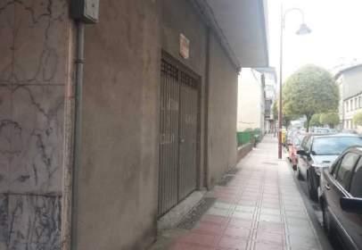 Local comercial en Avenida de Eulogio Fernández, nº 77