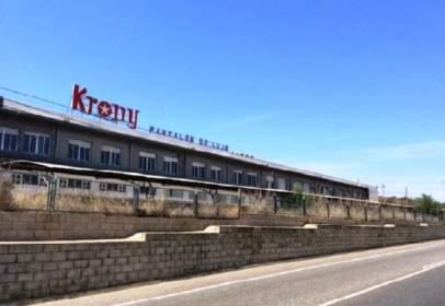 Nave industrial en calle de Tabernes de Valldigna A Liria, nº Km. 91,6