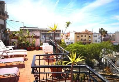 Penthouse in Els Molins-Poble Sec-Pins Vens