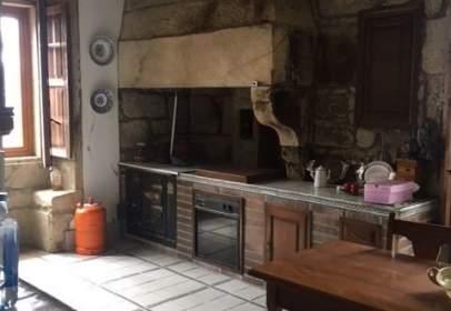 Casa adossada a Silleda (Casco Urbano)