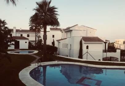 Apartamento en Doña Julia Golf Club