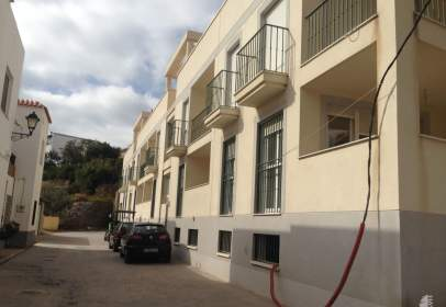 Flat in calle Moral, nº 1