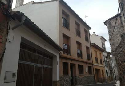 Flat in calle de Abajo, 29, near Calle de Enmedio