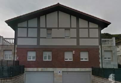 Casa pareada en Barrio Samano, nº 85