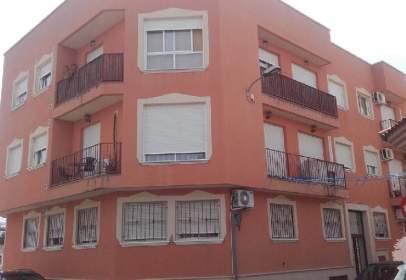 Garatge a calle Miguel Angel Unamuno, nº 6