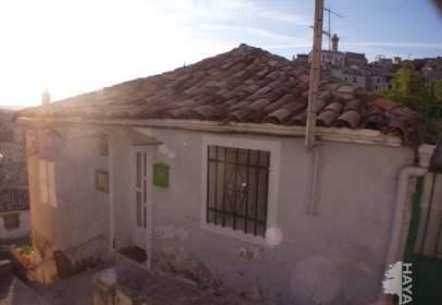 Terraced house in Puebla de Don Francisco
