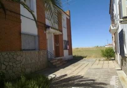 Casa adosada en Santa Cruz del Retamar