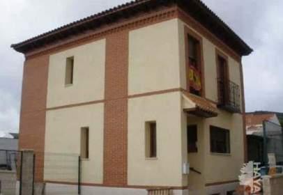 Casa adosada en calle Argamasilla, nº 22
