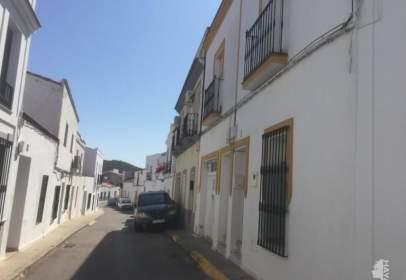 Casa adossada a calle Montecorto, nº 10