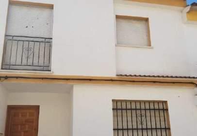 Casa adossada a Santa Ana de Pusa