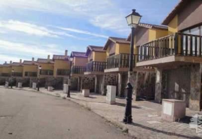 Casa adosada en calle Molino