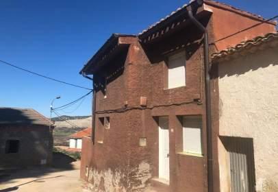 Casa adossada a calle Peirón, nº 17