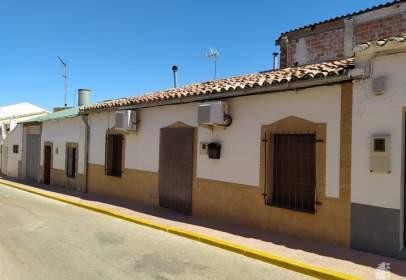 Casa adosada en calle del Eisman Higueras