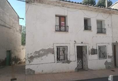 Casa adossada a Gurrea de Gállego
