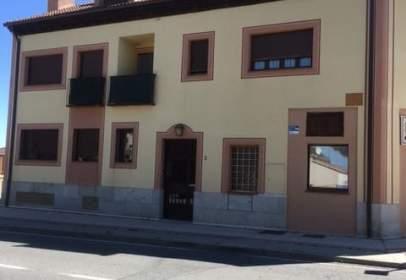 Garage in calle Carretera de Turegano, nº 2