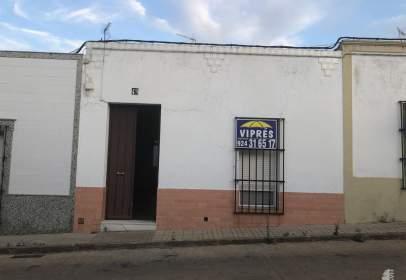 Casa adosada en Villafranca de los Barros