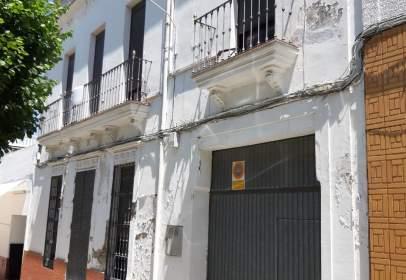 Casa adossada a calle Carolina Coronado