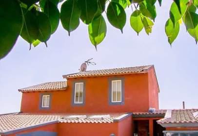 Duplex in Buzanada-Valle de San Lorenzo-Cabo Blanco