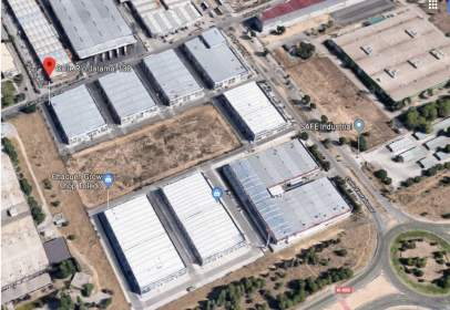 Industrial building in Polígono-Azucaica