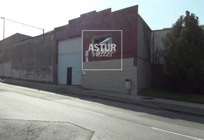 Nau industrial a Avenida de la Agricultura, prop de Avenida de la Juvería