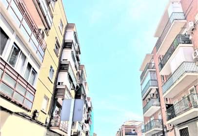 Piso en calle de Juan Español, cerca de Calle de Isabel Fornieles