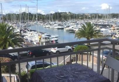 Piso en Urbanización de Puerto Deportivo