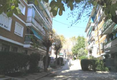 Flat in calle Pío XII