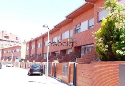 Terraced house in calle Pedro Castillo Galvez, nº 21