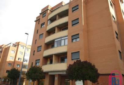 Penthouse in Avenida del País Leonés, 16