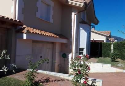 Casa a Villarcayo, en La Recta de Villarcayo A Cigüenza