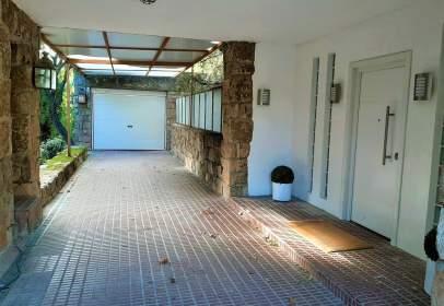 Casa unifamiliar en calle Madroños