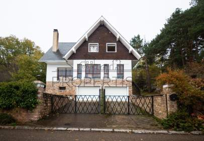 Chalet in calle
