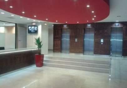 Oficina en calle Conata II. Zona Tv3