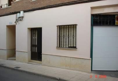 Local comercial a calle C/ Baja, nº 38
