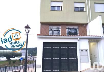 Casa en Carrer de Alcalaten, 48
