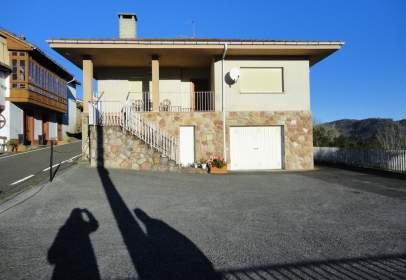 Casa en calle Castiello de Torazo, nº Sin Informacion