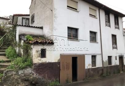 House in calle Las Barzanas