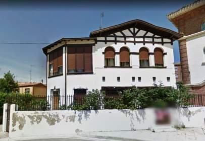 Casa a calle calle Romancero