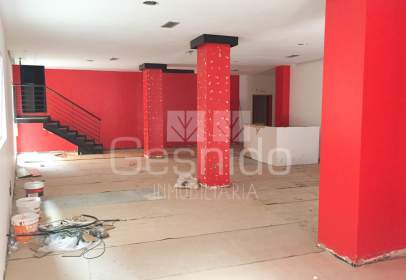 Local comercial en Casco Antiguo / San Millan