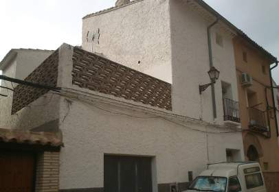 Casa adossada a calle Abuja, nº 3