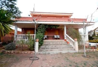 Casa unifamiliar en Avenida Ebro Urcamusa