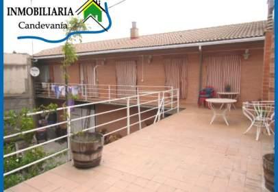 Casa unifamiliar a Zuera