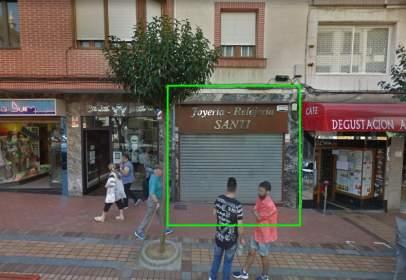 Local comercial en Avenida Elcano