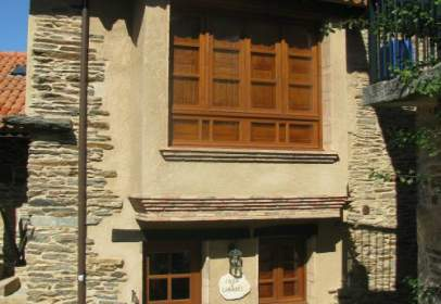 House in Avenida Alvite