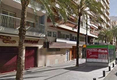 Local comercial a Avenida Republica Argentina