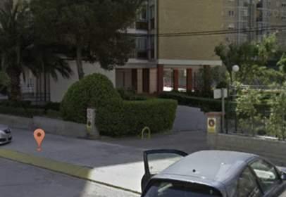 Garatge a calle Luis Buñuel, nº 9