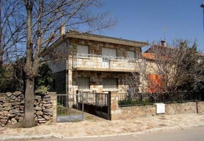Single-family house in Piñuecar