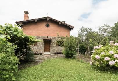 Casa en Avenida Carabanzo, nº 139