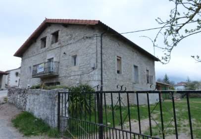 House in Junta de Traslaloma