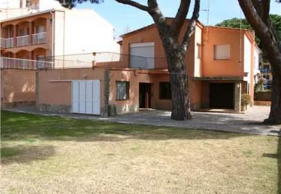 Flat in calle Pallars, nº 4